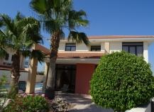 Three bedroom villa for sale