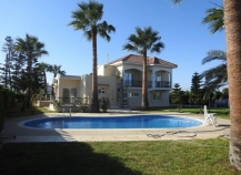 Five bedroom villa off Dhekelia road