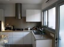 Three bedroom, ground floor apartment in Faneromeni