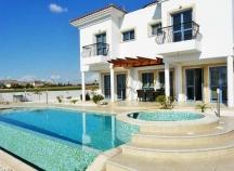 Three bedroom luxury villa for holidays