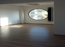 Whole floor office in Makariou avenue