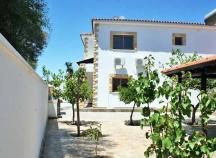 Five bedroom detached house in Oroklini