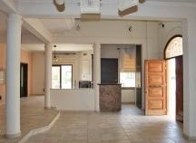 Five bedroom house in Livadia