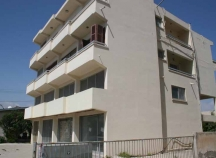 Building for sale in Drosia