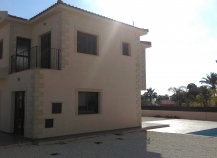 3 bedroom houses with swimming pool in Ayia Thekla