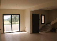 Link-detached house for sale in Alaminos village