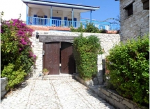 Lovely traditional stone house for sale